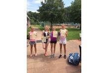 Lucy Rekasch gewinnt das dritte Turnier in Folge